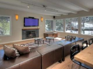 Squaw Valley Paradise **Hot Tub** - Olympic Valley vacation rentals