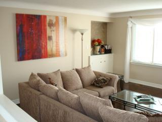 By the Vines 3 Bedroom 2 Bath Wine Country Getaway - Niagara-on-the-Lake vacation rentals