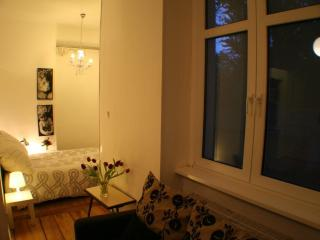 Apartment Rental at Artflat 16 in Kreuzberg, Berlin - Germany vacation rentals