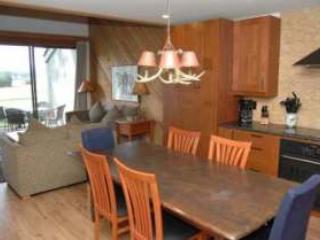 Lodge Condo 026 - Image 1 - Black Butte Ranch - rentals