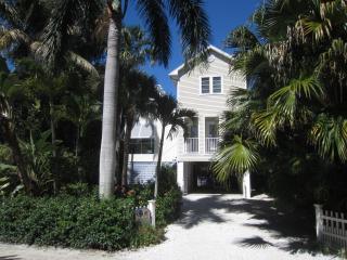 Sun & Moon House - Beachside of Village Center - Captiva Island vacation rentals