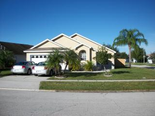 Exterior - FLIPKEY WINNER 2013 RATED EXCELLENT Tropical Haven - Kissimmee - rentals