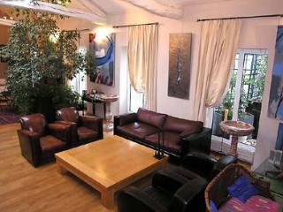Latin Quarter- 3 bedroom 3 bathroom with Terrace (2295) - Wiltshire vacation rentals