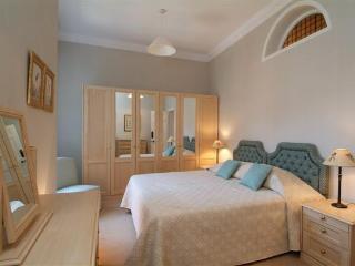 Kensington  - 3 Bedroom 3 Bathroom (142) - Paris vacation rentals