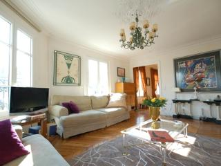 Louvre 2 bedroom 2 bathroom (2291) - Paris vacation rentals