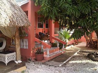 Villa Punta Salina - Micro Resort - Noord vacation rentals