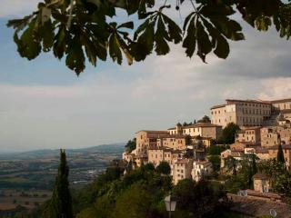Casa Spello - Hilltop Village -  Townhouse Apts - Cannara vacation rentals