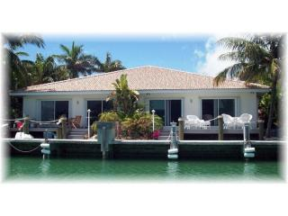 Waterview from canal - Casa Mar Azul I - Cabana Club - Pool - Inch Beach - Key Colony Beach - rentals
