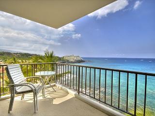 2 bedroom 2 bath Ocean front Penthouse at Kona Alii - Kailua-Kona vacation rentals
