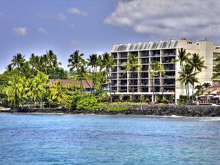 Ocean Front Kona Alii 2 bedroom - Kailua-Kona vacation rentals