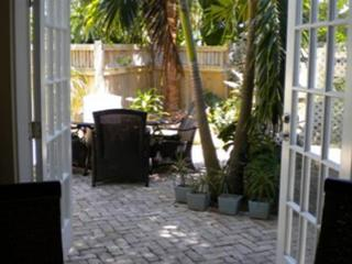 30 night minimum stay requirement.  The Pearl in Paradise - 2 Bedroom House w - Florida Keys vacation rentals