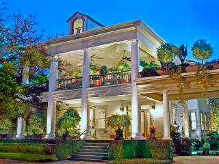 35% Off thru Aug.! - Book Now! 1 & 2 Bdrm Apts. - Savannah vacation rentals