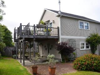 Forest View Stay Elegant Studio  Near HSU Gateway - North Coast vacation rentals