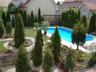 GreenTree Holiday Home - Veroce vacation rentals