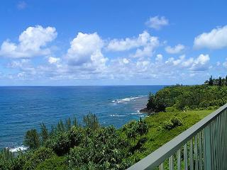 Alii Kai 4304: Beautiful inside, oceanfront views, top floor corner! - Kilauea vacation rentals