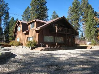 Secluded Payette River Estate home with large yard and private hot tub. - McCall vacation rentals