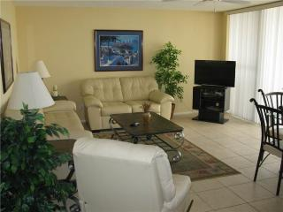 Gulf Side 2BR with renovated bath, beach view #209GS - Sarasota vacation rentals