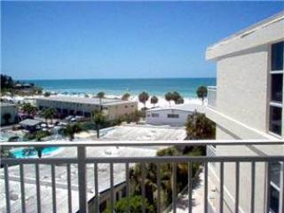 Impressive Gulf View 2BR with balcony, TV/DVD #507GV - Sarasota vacation rentals