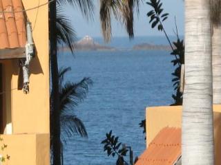 GOLDEN ZONE !  GORGEOUS 2 BEDRM ACROSS FROM BEACH - Mazatlan vacation rentals