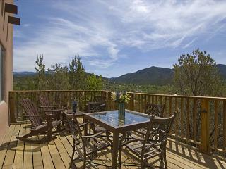Vista de Colores - Cundiyo vacation rentals