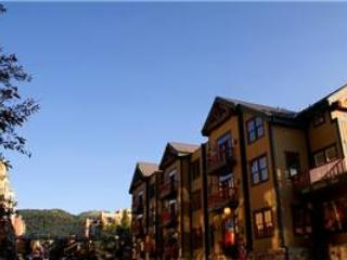 LIFT LODGE 101: SKI IN/SKI OUT - Park City vacation rentals