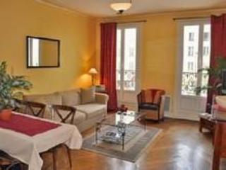 Elegant 2 BR 1BA Condo Bvd du Temple - apt #425 - 14th Arrondissement Observatoire vacation rentals
