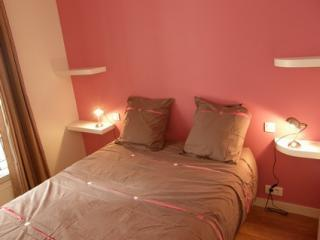 Steps from Rue Monge1BR-Latin Quarter-Polytechniqu - Paris vacation rentals