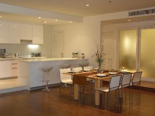 3 BR apartment by river, great view & facilities - Bangkok vacation rentals