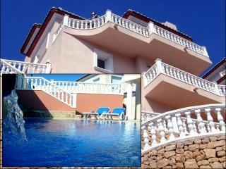 Superb Luxury 3-Bed Villa in Stunning Location - Moraira vacation rentals