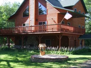 Devil's Lodge - Luxurious Family Vacation Home - Poynette vacation rentals
