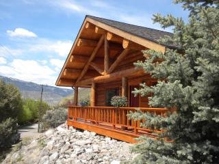 Cowboy Cabins in town - Gardiner vacation rentals