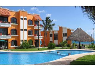 Pool and Palapa - Beachfront Condo & Easy Walk to Town Square. - Puerto Morelos - rentals