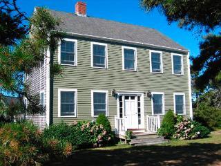 Comfortable House with 3 BR & 4 BA in Nantucket (9557) - Nantucket vacation rentals