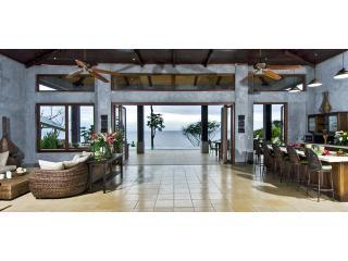 6 bedroom Ocean front Villa in Dominical, CR - Dominical vacation rentals