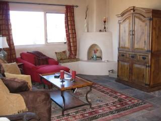 "224692 8 - Taos ""Serenity"" Designer Home- Luxury & Views - Taos - rentals"