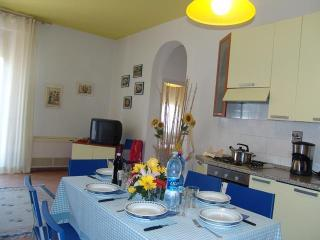 Florence Apartment Rental at Yellow Apartments - Florence vacation rentals