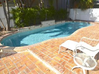 Villa Miceli STUNNING 3 BR NEW FURNISHINGS & LARGE HEATED POOL! - Lauderdale by the Sea vacation rentals