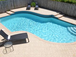 Casa Roya NEW 3BR HEATED POOL HOME! STEPS 2 BCH! LAUD BY SEA - Pompano Beach vacation rentals
