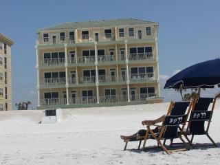 OCEANFRONT  CORNER UNIT 2BD/2BATH GREAT VIEWS - Fort Walton Beach vacation rentals