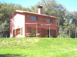 Casa Roja Montemateo - Cortegana vacation rentals