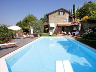 Villa la Foce: breathtaking panoramic view - Castiglion Fiorentino vacation rentals