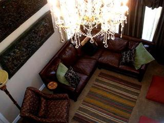 On the Old MIll Bluff -  Zen of luxury & design in downtown Bend w/a hot tub! - Bend vacation rentals