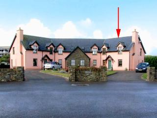 4 GOLFSIDE, family friendly, with a garden in Ballybunion, County Kerry, Ref 2990 - Ballybunion vacation rentals