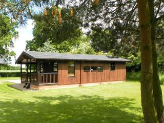 BEECH LODGE, pet friendly, country holiday cottage, with a garden in Masham, Ref 987 - Masham vacation rentals