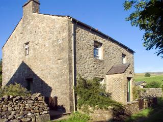FAWBER COTTAGE, family friendly, character holiday cottage, with a garden in Horton-In-Ribblesdale, Ref 1198 - Bentham vacation rentals