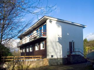 PARK VIEW, pet friendly, country holiday cottage, with a garden in Bowness & Windermere, Ref 2148 - Selside vacation rentals