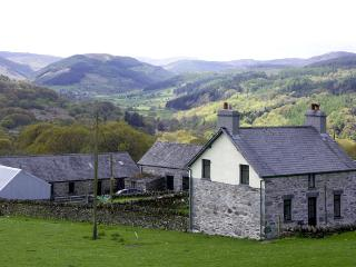PENRHYDDION UCHA, pet friendly, country holiday cottage, with a garden in Betws-Y-Coed, Ref 1270 - Snowdonia National Park Area vacation rentals