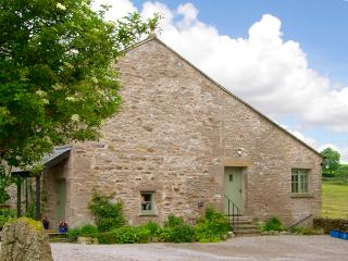 PICKLE COTTAGE, romantic, luxury holiday cottage, with a garden in Hutton Roof, Ref 2197 - Hutton Roof vacation rentals