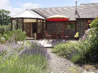RICKYARD COTTAGE, country holiday cottage, with a garden in Castlemorton, Ref 1767 - Castlemorton vacation rentals