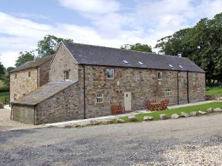 THE RINDLE, family friendly, character holiday cottage, with a garden in Meerbrook, Ref 3563 - Chinley vacation rentals